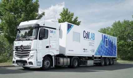 LMS equips the mobile corona test station CoVLAB with devices